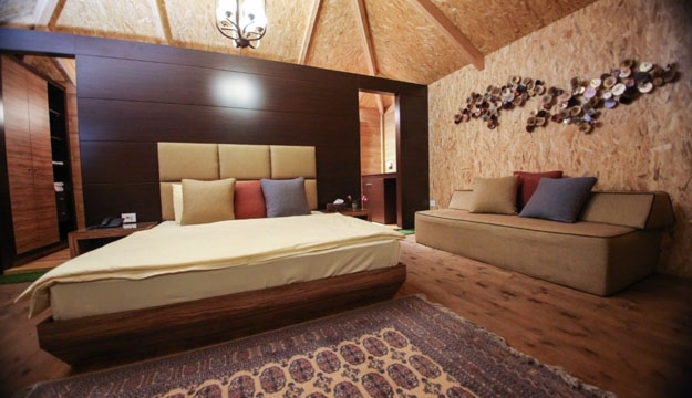 1-Night Stay For 2 in a Cottage Bungalow With Private Terrace