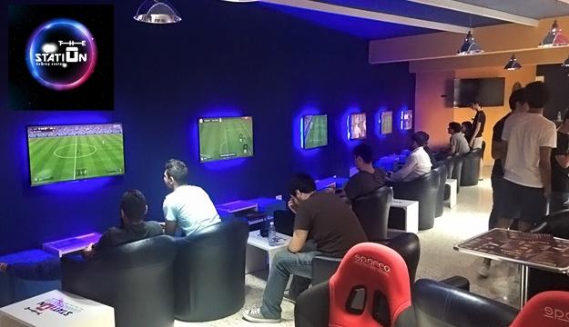 Cafe Game Room