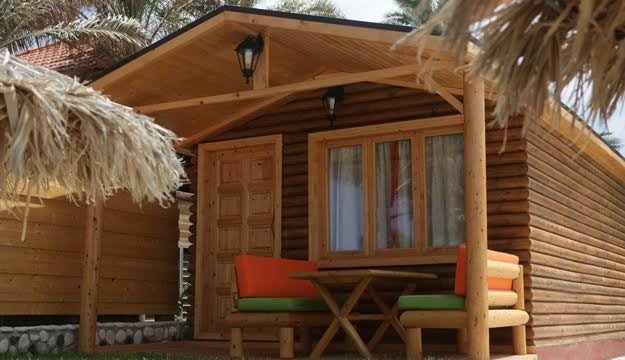 50 Off 1 Night Stay In A Beach Front Bungalow For Two