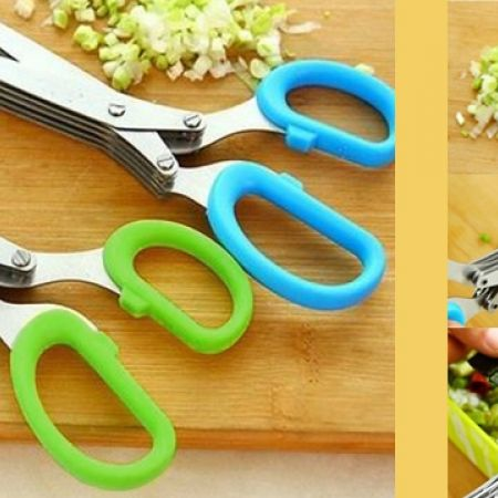 39% Off Blue Multi-layered Scissors (Only $5.5 instead of $9)