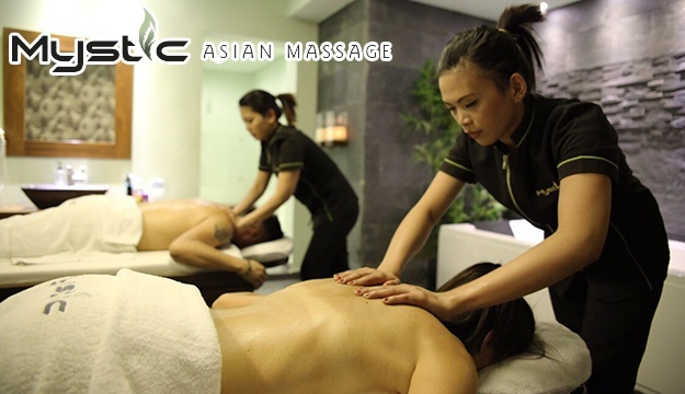 video Asian porn massage
