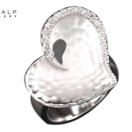 CrystalP Discontinued Heart Ring - Size:17 - White