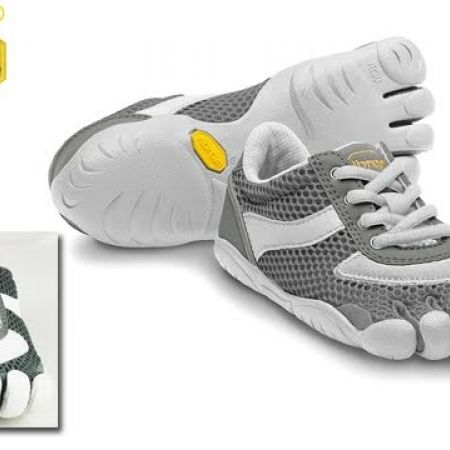 60% Off Vibram Five Fingers Grey & White Speed Shoes For Kids - Size: 30 (Only $44 instead of $110)