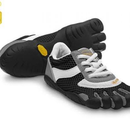 a9db7c87 60% Off Vibram Five Fingers Black & White Speed Shoes For Kids - Size: 30  (Only $44 instead of $110) - Makhsoom