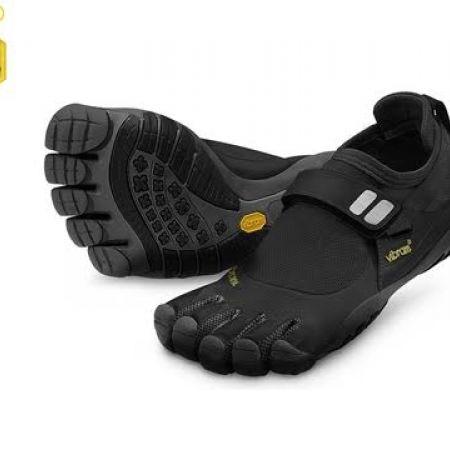 8c29a641 60% Off Vibram Five Fingers Black Charcoal Trek Sport Shoes For Men - Size:  47 (Only $56 instead of $140) - Makhsoom