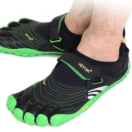 the latest 5ffc6 5df7f 53% Off Vibram Five Fingers Black Green Spyridon Shoes For Men (Only  75  instead of  160)