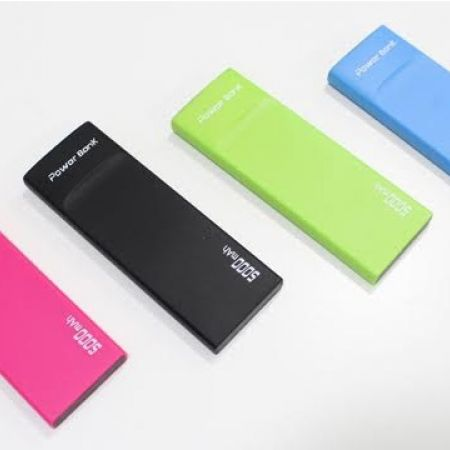32% Off Ultra Slim Power Bank 5000 mAh - Black (Only $9.50 instead of $14)