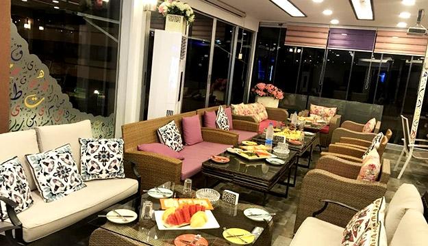 Living Room 50 Off Food food & beverage à la carte - makhsoom