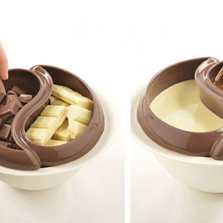 Choco Minute Microwave Fondue Maker Set With 4 Fondue