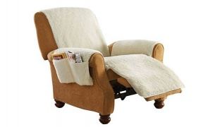 Snuggle Up Poly Fleece Beige Recliner Seat Cover With 4 Storages
