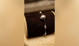 Jalpar 18kt Gold Pearl Grey Stone Bracelet For Women 4g