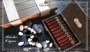 10 Pcs .Grand Marnier Cigar Shaped Buche de Noel in Wooden Box