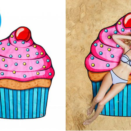 BigMouth Gigantic Cupcake Beach Blanket 5 Feet Wide With Carry Bag