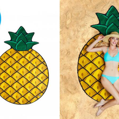 BigMouth Gigantic Pineapple Beach Blanket 5 Feet Wide With Carry Bag