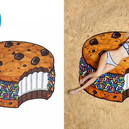 BigMouth Gigantic Ice Cream Cookie Beach Blanket 5 Feet Wide With Carry Bag