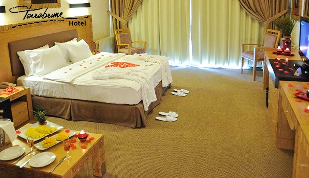 1-Night Stay For Two in a Deluxe Double Room With Breakfast