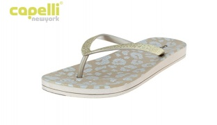 Capelli New York Rose White Fashion Flip Flops Patterned With Fine Glitter Trim For Women - Size: 36