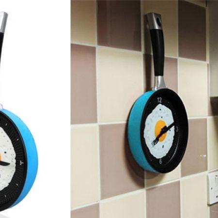Novelty Stylish Blue Wall Clock Egg Pan 19 cm