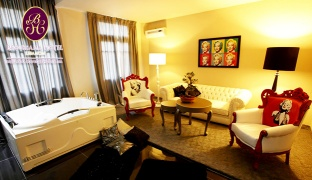 1-Night Stay For Two in a Themed Suite With Breakfast & Private Jacuzzi Valid from Sunday till Friday