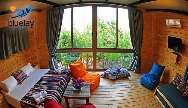 1-Night Stay For Two in a Small Chalet With Cheminee & Breakfast Valid on Weekends