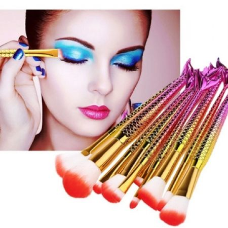 Mermaid Multipurpose Makeup Brush With Nylon Bristle 1 Pc