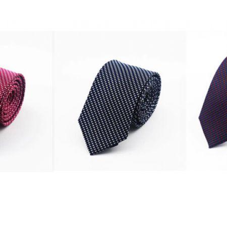 Slim Small Square Design Tie - Pink