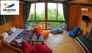 1-Night Stay For Two in a Small Chalet With Breakfast Valid from Sunday to Thursday